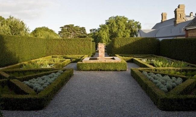 Khu vườn kiểu châu Âu cổ điển 3