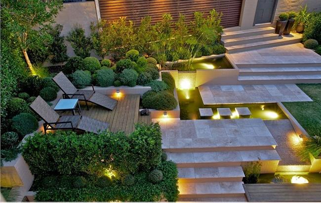 Sử dụng đèn khiến khu vườn lãng mạn hơn